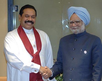 President Mahinda Rajapaksa with PM Manmohan Singh