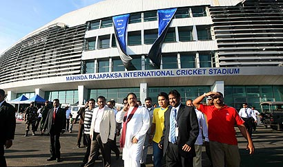 president-mahinda-rajapaksa-ground-visit.jpg