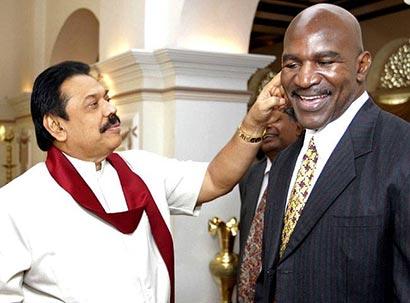 boxer Holyfield with Sri Lanka president Mahinda Rajapaksa