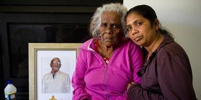 Nirmala Balaras and mother Thankamuthru Nylvaganam