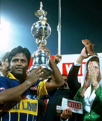 1996 wills cricket worldcup Arjuna