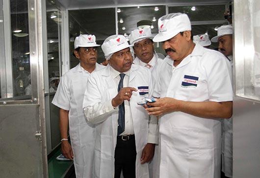 Sri Lanka president Mahinda Rajapaksa in Milko Industrial Complex in Polonnaruwa