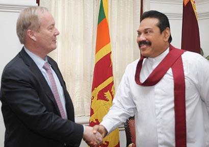 Las Henrick Thunel met President Mahinda Rajapaksa