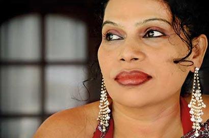 Wimal Weerawansa wife Shashi Weerawansa