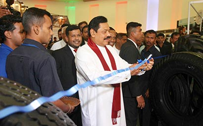 Sri Lanka President at Sri Lanka Expo 2012