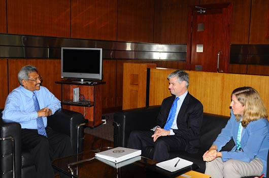 Maj Gen Walter D Givhan, Deputy Assistant Secretary for Plans, Programmes and Operations of the US State Department's Bureau of Political - Military Affairs, paid a courtesy call on Secretary Defence and Urban Development Mr Gotabaya Rajapaksa