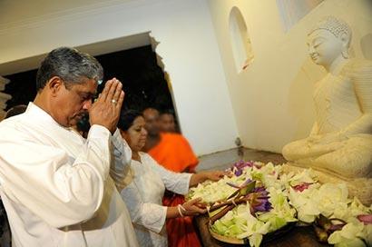 Sarath Fonseka at a temple