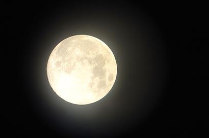 Vesak full moon 2012