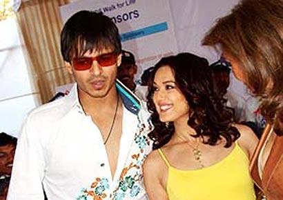 Vivek Oberoi & Preity Zinta in Sri Lanka