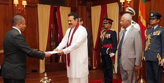 Envoys of four nations present credentials to President Rajapaksa