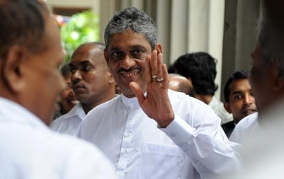 Sarath Fonseka with government security