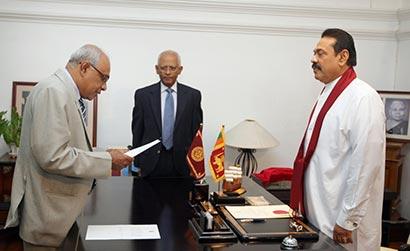 President Rajapaksa appoints former SG Sarath Fernando as new AG