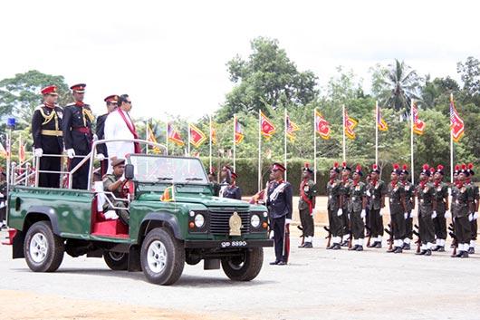 President awards Colours to Gemunu Watch