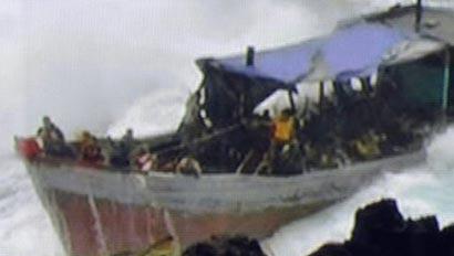 Sri Lanka refugees to Australia via boats