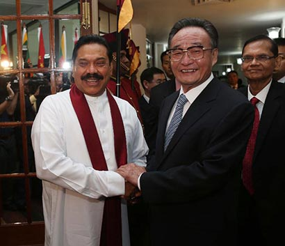 Mr. Wu Bangguo, chairman of the Standing Committee of China's National People's Congress, and Sri Lankan President Mahinda Rajapakse
