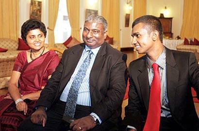 Shirani Bandaranayake Family