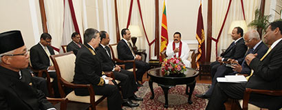 Four foreign envoys to Sri Lanka present credentials