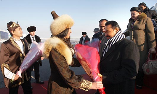 Sri Lanka President Rajapaksa arrives in Kazakhstan on a state visit - Photo 3