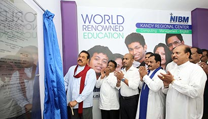 President Rajapaksa declares open new NIBM Branch in Kandy