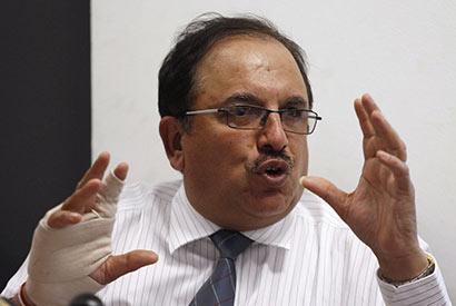 Lanka Indian Oil Company  Managing Director Subodh Dakwale