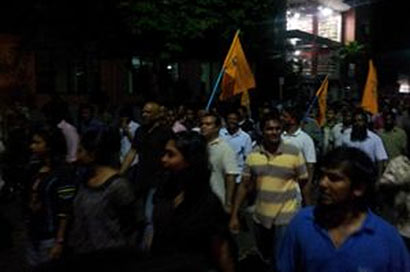 Nasheed supporters rise in midnight protest across 'Male'