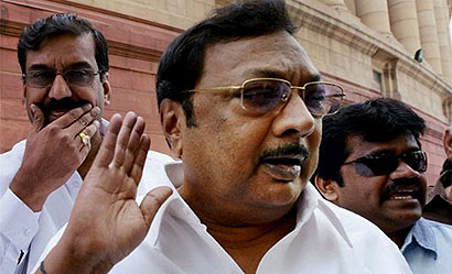 Alagiri skips crucial DMK executive meet