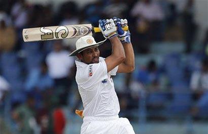 Dilshan hits 50 as Sri Lanka start well vs. Bangladesh