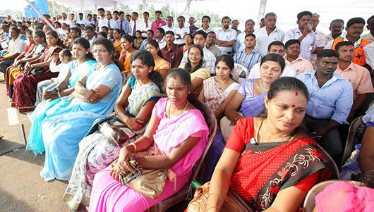 President Rajapaksa declares open Kalladi Bridge linking East and South