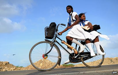 School girls in Jaffna