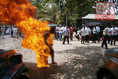 Buddhist monk succumbs to injuries after self-immolation