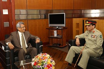 Pakistan Army Chief meets Secretary Defence of Sri Lanka