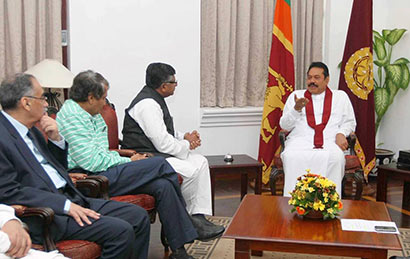 Mr. Ravi Shankar Prasad, called on President Mahinda Rajapaksa at Temple Trees