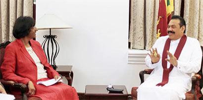 """President Mahinda Rajapaksa met Navanethem """"Navi"""" Pillay"""