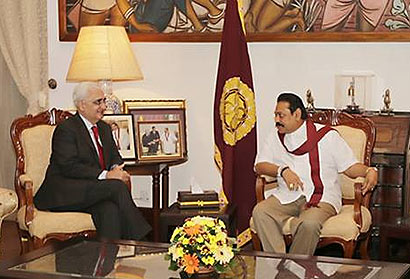 Indian Minister of External Affairs Mr. Salman Khurshid called on President Mahinda Rajapaksa