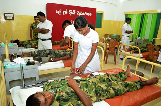 Soldiers donate blood to Jaffna Blood Bank on Army Day