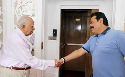 TNA Leader Sampanthan meets President Rajapaksa