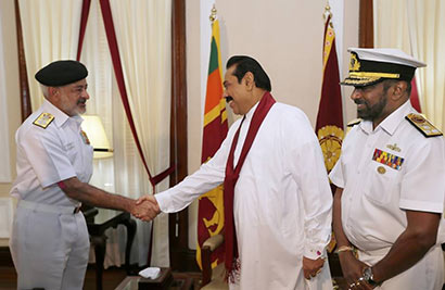 The Chief of the Naval Staff of the Indian Navy Admiral D.K. Joshi called on Sri Lanka President Mahinda Rajapaksa
