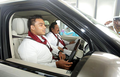 The Second Phase of the Southern Expressway from Pinnaduwa in Galle to Godagama in Matara was declared open by President Mahinda Rajapaksa