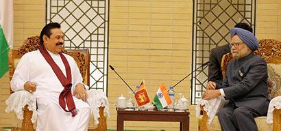President Mahinda Rajapaksa and Indian Prime Minister Manmohan Singh