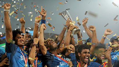 Sri Lanka cricket team with twenty 20 2014 cricket world cup