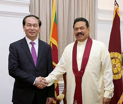 Vietnamese Minister of Public Security Prof. Gen Tran Dai Quang called on President Mahinda Rajapaksa at Temple Trees