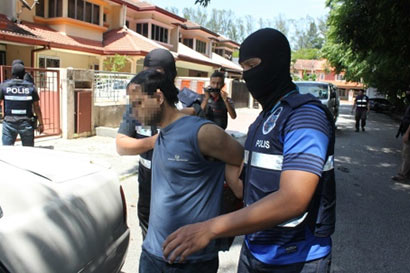 Malaysian police arrest three LTTE suspects