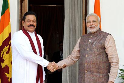 Sri Lanka President Mahinda Rajapaksa Met Indian Prime Minister Narendra Modi