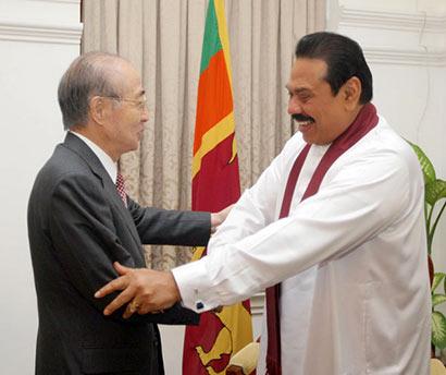Senior Japanese Diplomat Yasushi Akashi Meets President Rajapaksa
