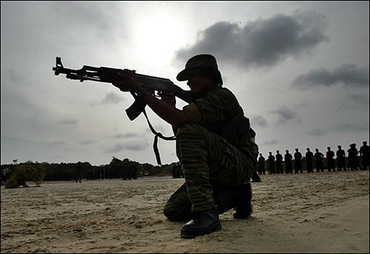 LTTE woman fighter