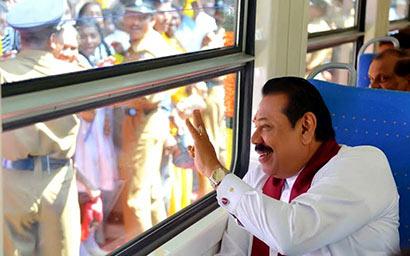 President Rajapaksa at Yaldevi Train
