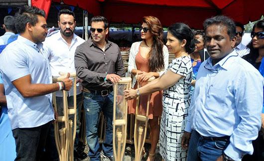 Salman Khan supports Sri Lanka President Mahinda Rajapaksa