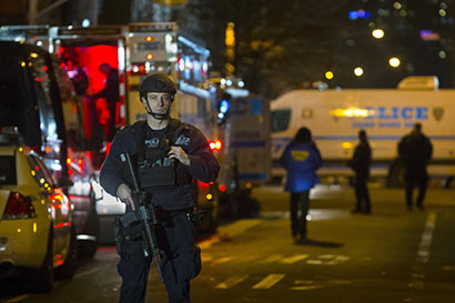 2 NYPD Police officers assassinated shooter dead