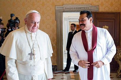 Pope Francis met former President Mahinda Rajapaksa