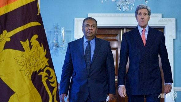 Sri Lankan Foreign Minister Mangala Samaraweera and US Secretary of State John Kerry